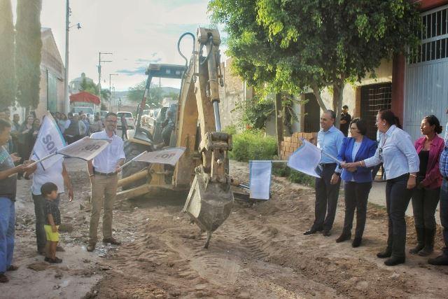 ¡Arranca Noel Mata obras por casi dos millones de pesos en la cabecera municipal de Jesús María!