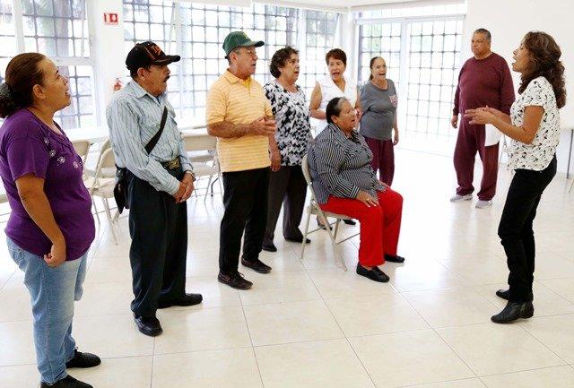 ¡Municipio ofrece atención integral a personas de la tercera edad en situación vulnerable!
