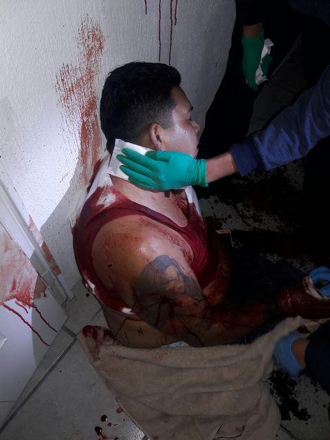 ¡Delincuente asaltó a un taxista y lo apuñaló 15 veces en Aguascalientes; fue detenido!