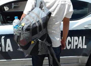 ¡Detuvieron a una pareja de timadores en Aguascalientes que operaba afuera de los bancos!