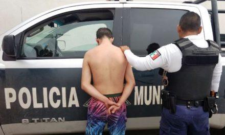 ¡A batazos lesionaron a un policía municipal en Aguascalientes!