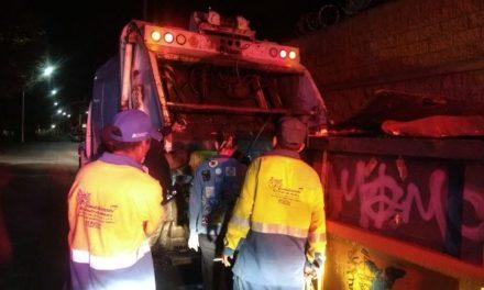 ¡Hallaron a un hombre muerto dentro de un contenedor de basura en Aguascalientes!