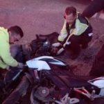 ¡Agoniza motociclista que se estrelló contra una camioneta en Aguascalientes!