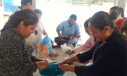 ¡Lleva DIF a comunidades clases de nutrición, manualidades y tecnología doméstica!