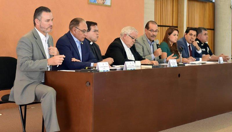 ¡Encabeza el Gobernador reunión de seguridad pública con miembros de la Diócesis de Aguascalientes!