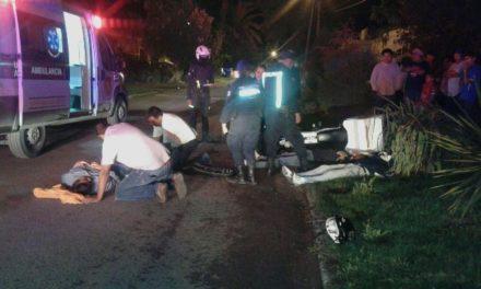 ¡3 lesionados tras choque entre 2 motocicletas en Lagos de Moreno!