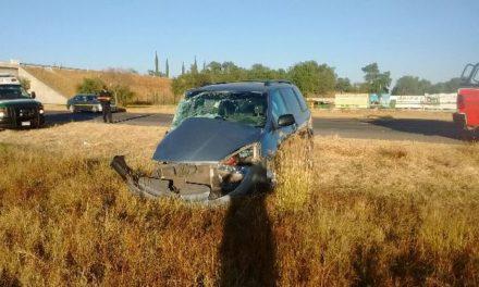 ¡Zacatecanos se accidentaron en Aguascalientes: 1 muerta y 1 lesionado!