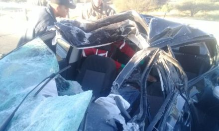 ¡Carambola entre 5 vehículos en un puente en Aguascalientes dejó 1 muerto y 2 lesionados!