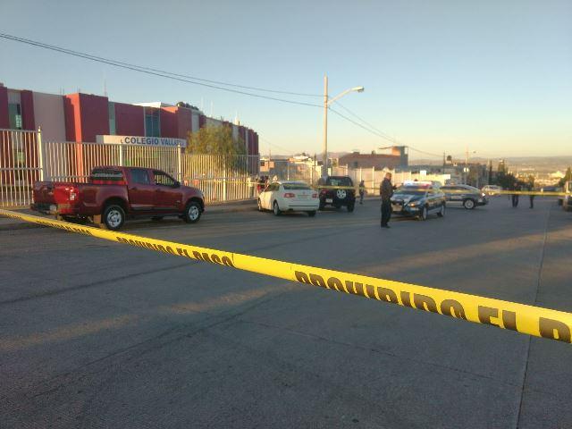 ¡Ejecutaron a un estudiante a balazos afuera de un colegio en Aguascalientes!