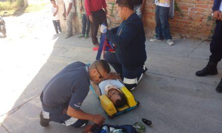 ¡Hombre lesionado grave atropellado por una camioneta en Lagos de Moreno!