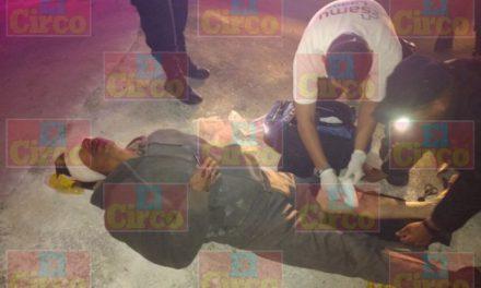 ¡Hombre lesionado grave tras accidentarse en una motocicleta en Lagos de Moreno!