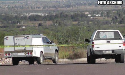 ¡Hallaron a un ejecutado con el tiro de gracia y un narco-mensaje en Guadalupe, Zacatecas!