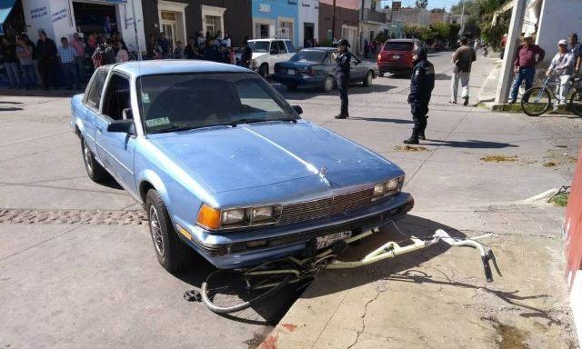¡Automovilista atropelló a 5 personas en Jerez, Zacatecas, tras el desfile!