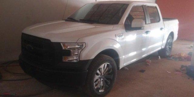 ¡Camioneta robada con violencia en Aguascalientes fue recuperada en Zacatecas!
