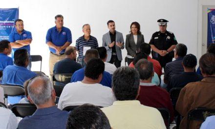 ¡Taxistas colaboran con Gobierno Municipal en materia de seguridad!