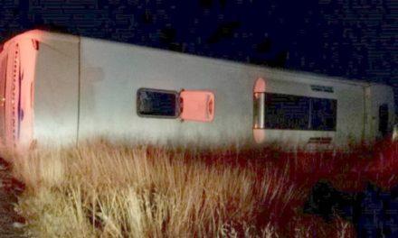 ¡6 muertos y 4 lesionados tras choque entre una carroza y un autobús en Río Grande, Zacatecas!