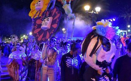 """¡Todo un éxito el desfile del festival """"De Chicahual a Calaveras 2017""""!"""