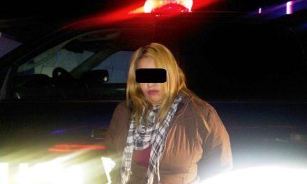 ¡Policías estatales detuvieron a una mujer y un sujeto por el robo de un auto tras narcotizar al dueño en Aguascalientes!