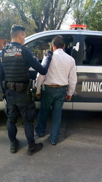 ¡Policías municipales detuvieron a tamaulipeco que intentaba extorsionar con amenazas a una comerciante en Aguascalientes!
