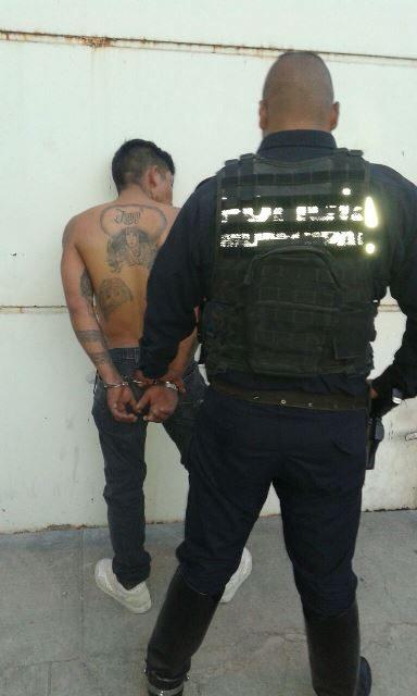 ¡Peliculesca captura de reincidente delincuente que hacía disparos en la calle en Aguascalientes!
