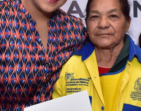 ¡Impulsa Municipio de Aguascalientes desarrollo educativo y superación personal de servidores públicos!