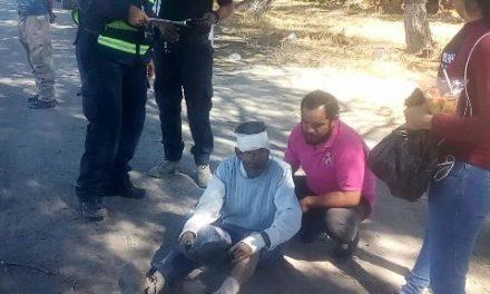 ¡Hombre lesionado tras sufrir una caída de su propia altura en Lagos de Moreno!