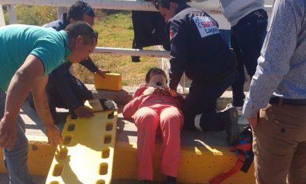 ¡Joven ciclista lesionada tras ser arrollada por una camioneta en Lagos de Moreno!