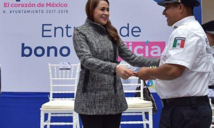 ¡Condecoran heroísmo y profesionalismo de policías municipales de Aguascalientes!