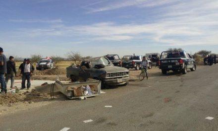 ¡Choque entre camioneta y motocicleta dejó 3 lesionados en Aguascalientes!