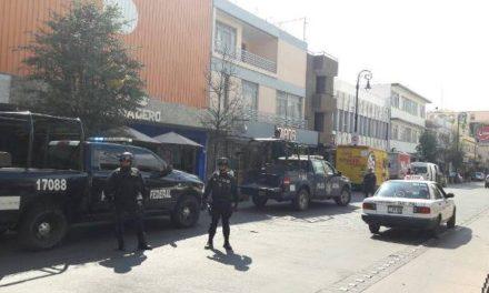 ¡PGR y Policía Federal catearon y aseguraron 3 negocios farmacéuticos en Aguascalientes!