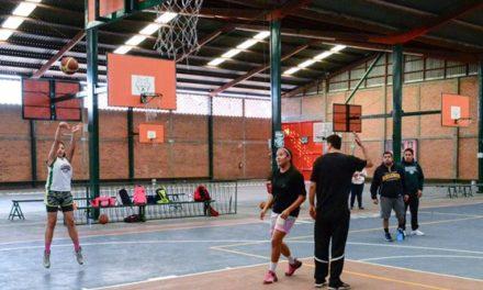 ¡Preselectivo estatal de basquetbol mantiene intenso entrenamiento!
