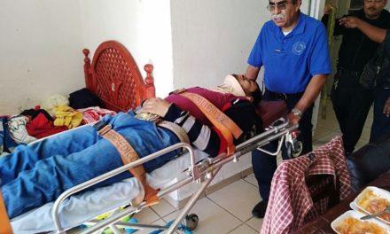 ¡Policías municipales de Aguascalientes regresan a la vida a un pre suicida!
