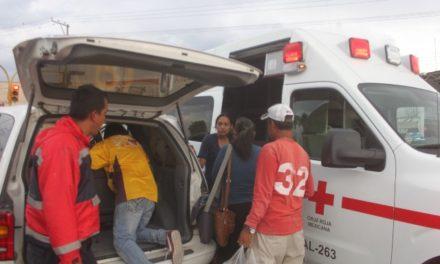 ¡Choque entre 2 camionetas dejó varios lesionados en Lagos de Moreno!