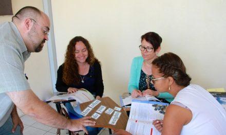 ¡IEA fomenta bilingüismo a través de cursos de actualización a maestros!