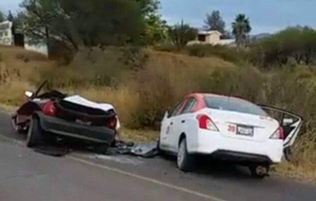 ¡3 muertos y 3 lesionados tras fuerte choque en Jalpa, Zacatecas!