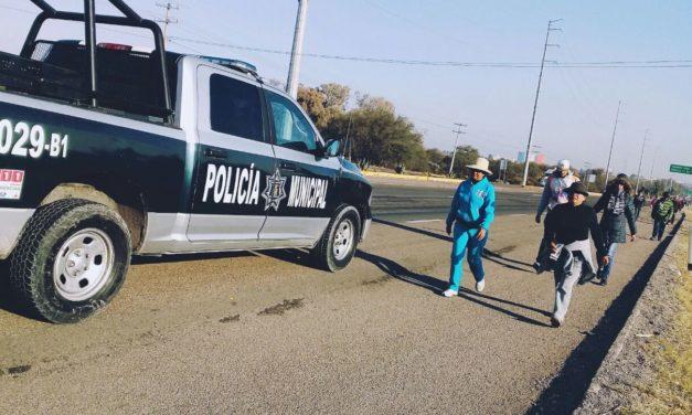 Policía Municipal de Aguascalientes atenta para auxilio de los peregrinos