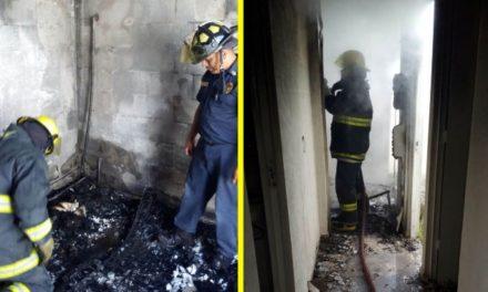 ¡Mujer incendió la casa de su ex pareja sentimental en Aguascalientes y huyó!