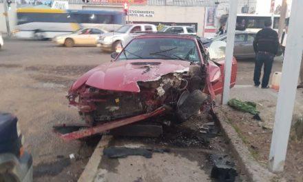 ¡4 lesionados tras el choque entre 2 automóviles en Aguascalientes!