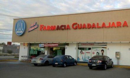¡Sujeto armado asaltó una farmacia en Aguascalientes y se llevó $1200!