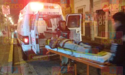 ¡Grave hombre tras el choque entre una camioneta y un camión cisterna en Lagos de Moreno!