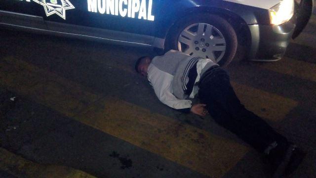 ¡Sangrienta riña en Aguascalientes dejó un baleado y un apuñalado!