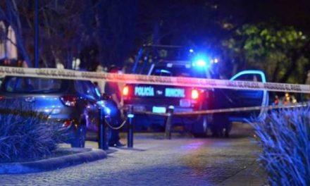 ¡Murió hombre baleado afuera de un restaurante en el Centro Histórico de Zacatecas!