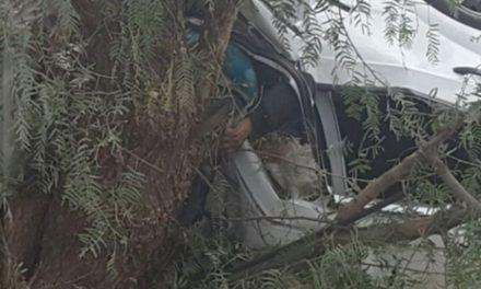 GALERIA/ACCIDENTE DE PEREGRINOS DE LA CIUDAD DE MÉXICO EN LAGOS DE MORENO: 1 MUERTO Y 6 HERIDOS