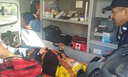¡Una joven ciclista resultó lesionada tras ser impactada por un automovilista en Aguascalientes!