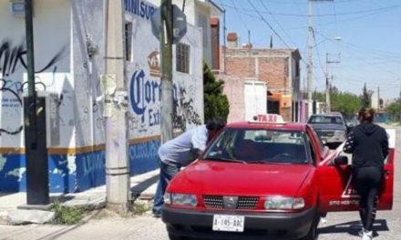 ¡Taxista fue apuñalado en el abdomen al ser asaltado por un sujeto en Aguascalientes!