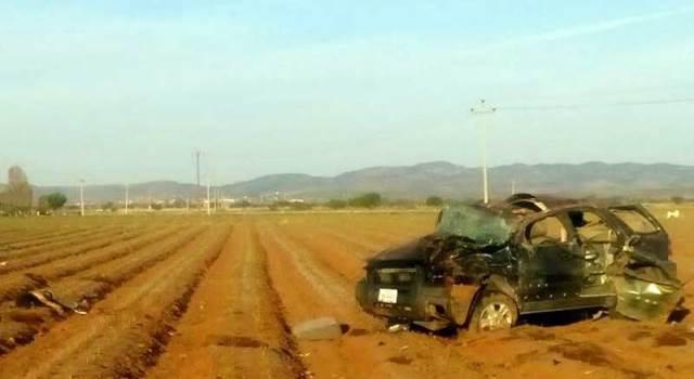 ¡5 muertos tras volcadura de una camioneta en Fresnillo!