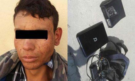 ¡Ladrón fue detenido por el dueño del negocio que saqueó en Lagos de Moreno!