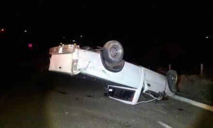 ¡Hombre alcoholizado lesionado tras volcar su camioneta en Aguascalientes!