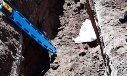 ¡Trabajador municipal murió sepultado en una zanja en Lagos de Moreno!