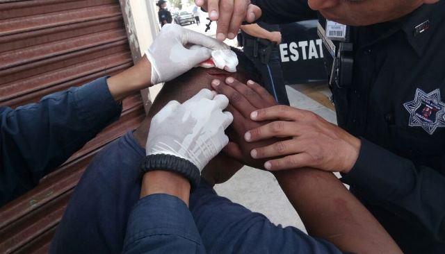 ¡Elementos de la SSPE detuvieron a sujeto que agredió con un martillo a un oficial!
